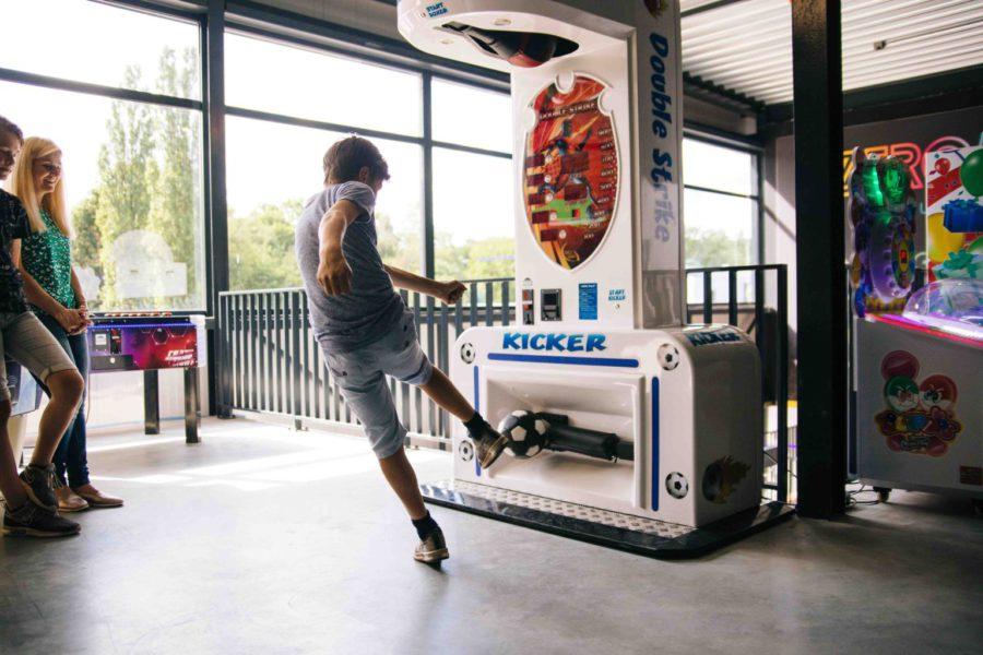 Arcade Game Kicker bij ZERO55 Apeldoorn