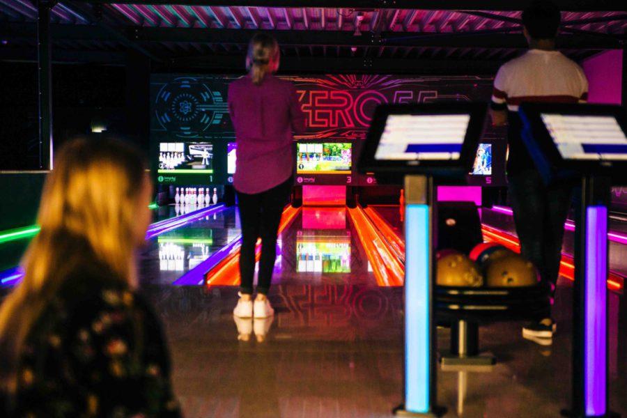Kom Glow Bowlen bij ZERO55 in Apeldoorn